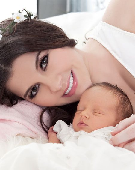 Imogen Thomas showed off baby Adriana in Star magazine this week